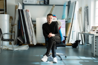 Simon Denny in his studio. Image: © Petrov Ahner