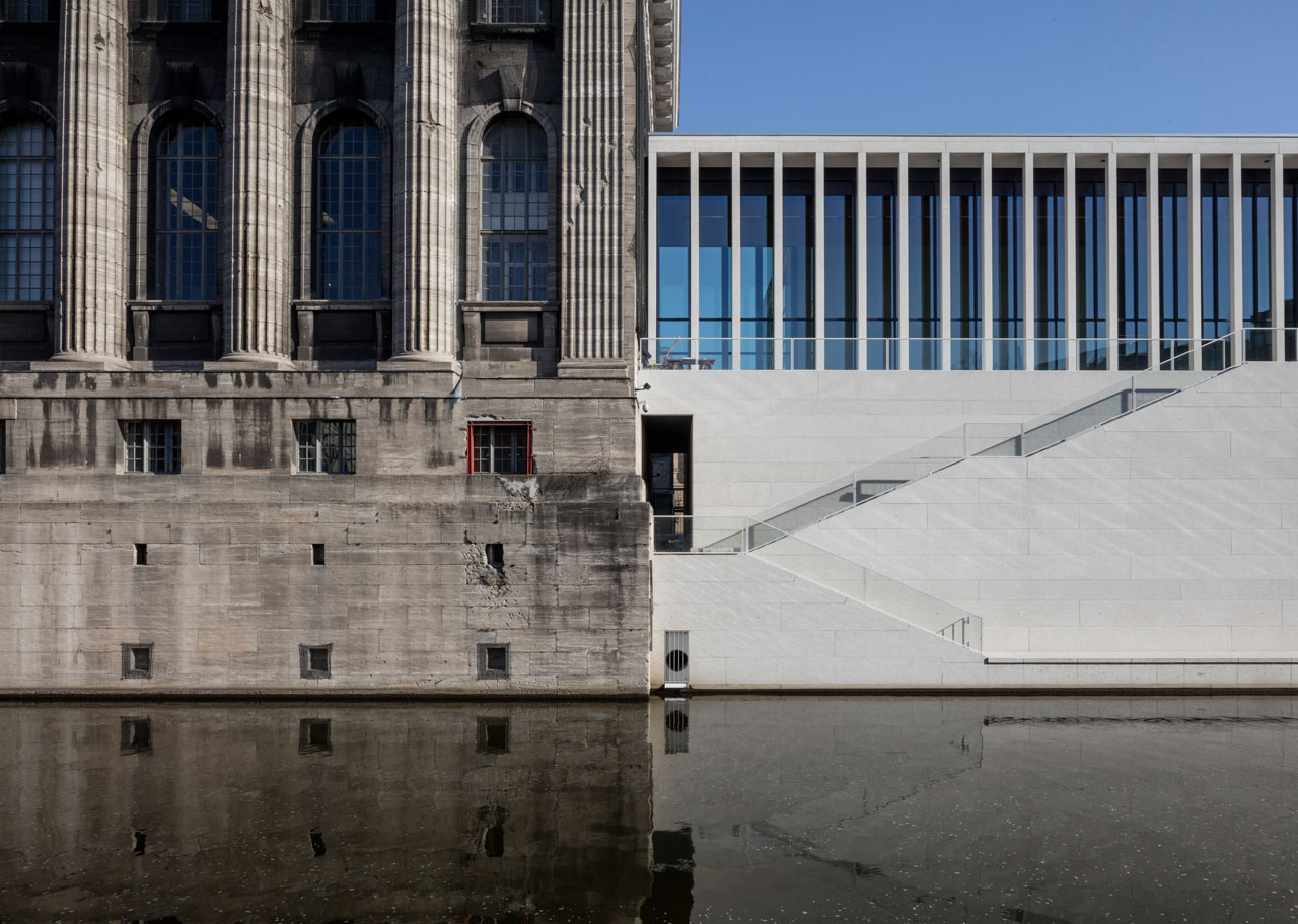 James Simon Gallery, Connection with Pergamon Museum, © Ute Zscharnt for David Chipperfield Architects
