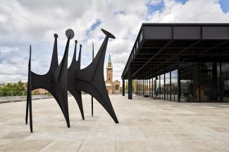 Alexander Calder, Têtes et queue, 1965. Staatliche Museen zu Berlin, Nationalgalerie © 2021 Calder Foundation, New York / Artists Rights Society (ARS), New York / Photo by Stephanie von Becker