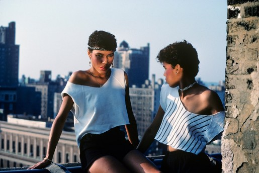 Willy Spiller, Lopez Sisters on the Roof, New York, 1981