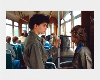 Mädchen in Tram, from Edition bunte DDR