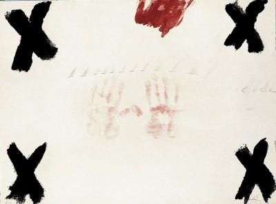 Dues mans by Antoni Tàpies