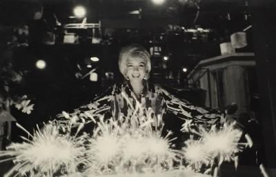 Lawrence Schiller - Marilyn Monroe Birthday Cake