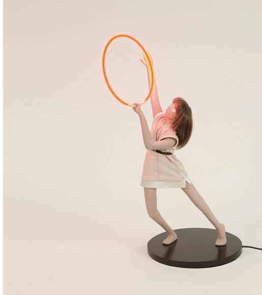 Mai-Thu Perret, A Portable Apocalypse Ballet (Red Ring), 2008