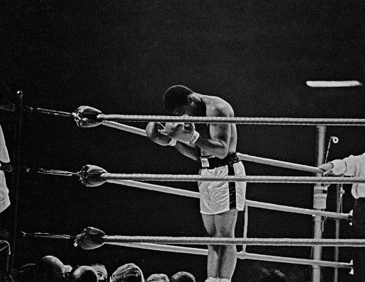 Thomas Hoepker, Ali Praying in the Ring, London, 1966