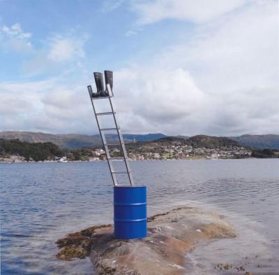 Stiefel, Fitjar (Norwegen) by Roman Signer