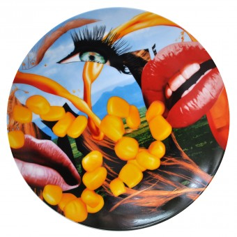 "Plate ""Lips"" by Jeff Koons"