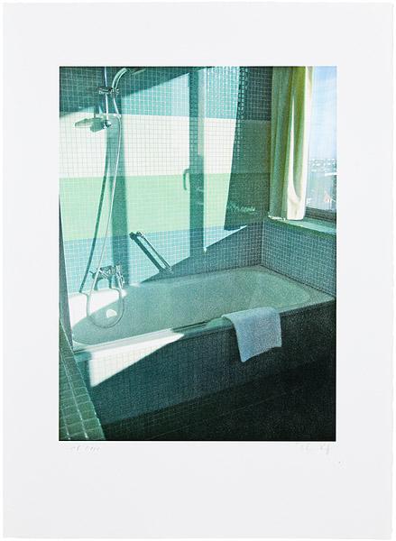 Thomas Ruff, Ohne Titel (Badezimmer Radisson SAS), 2009