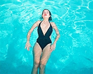 Cindy in the Pool, Los Angeles by Willy Spiller
