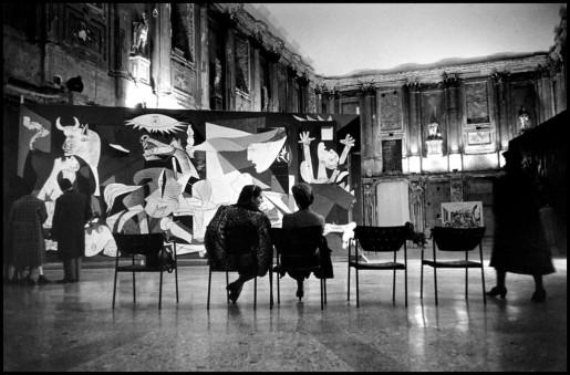 René Burri, Palazzo Reale, Milan, Picasso Exhibition, 1953