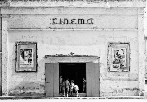 Thomas Hoepker, Cinema, Naples, Italy, 1956