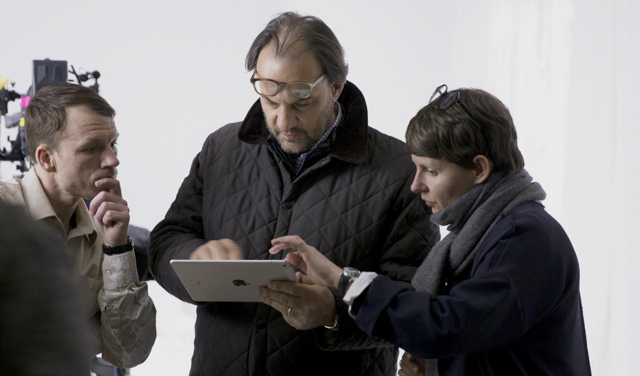 Roman Maria Koidl and Nina Koidl discussing the last scene. Image: © Petrov Ahner