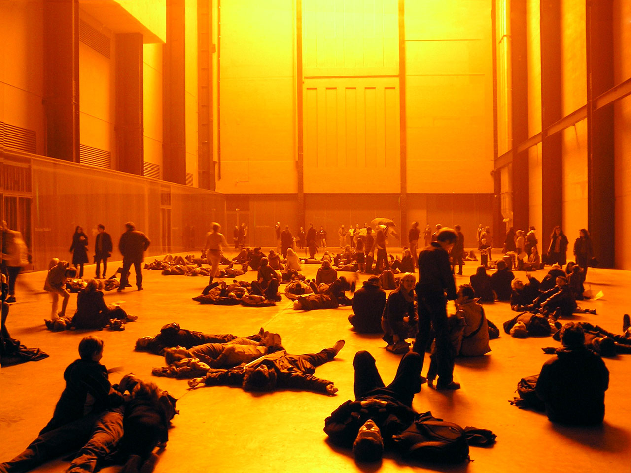 Olafur Eliasson, The Weather Project. Turbine Hall of Tate Modern. Via: Wikimedia Commons