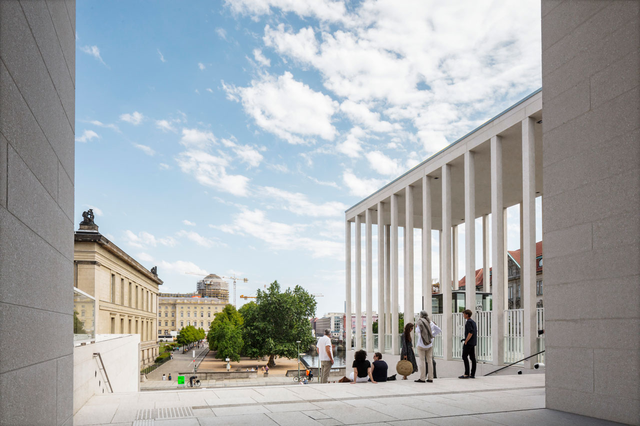 James Simon Gallery, View towards Lustgarten, © Ute Zscharnt for David Chipperfield Architects