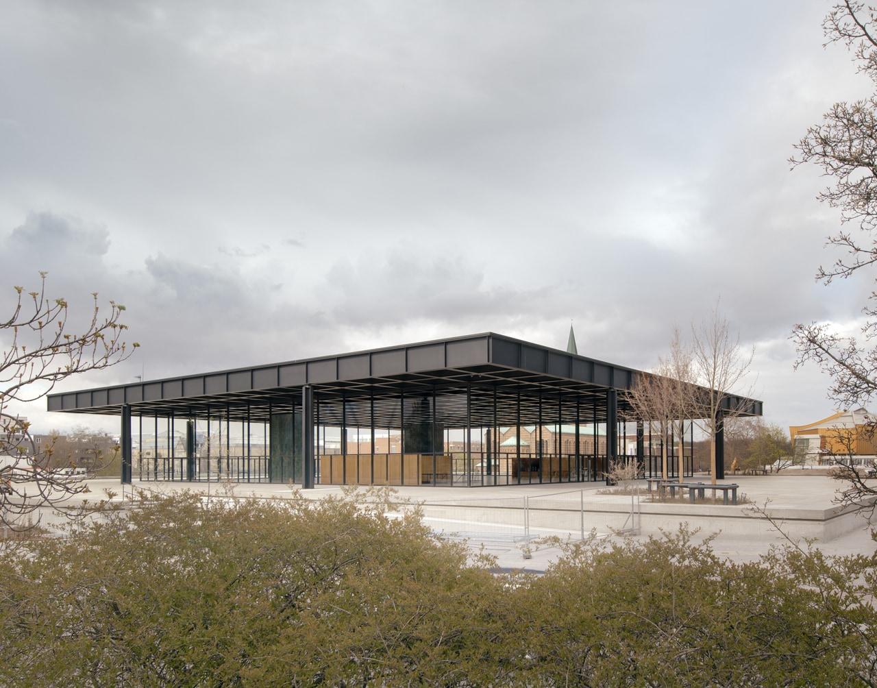 Neue Nationalgalerie Exterior view, 2021© Ludwig Mies van der Rohe / VG Bild-Kunst, Bonn 2021 / Simon Menges