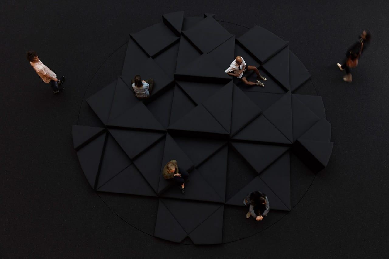 Exhibition view, Philippe Parreno, Gropius Bau Berlin, 2018. Photo: Andrea Rossetti. Courtesy of the artist, Pilar Corrias, Barbara Gladstone, Esther Schipper. © Philippe Parreno