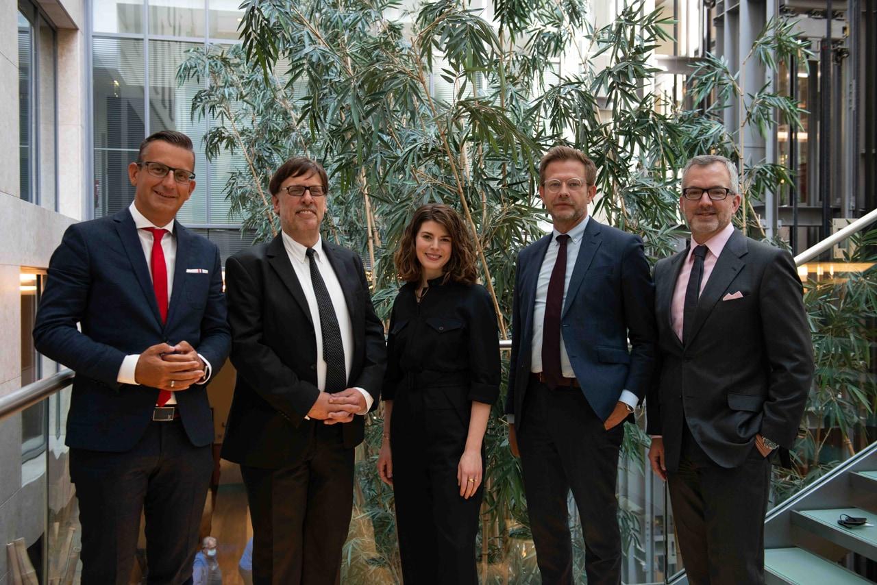Weng Fine Art's general meeting. From left: Christian W. Röhl, Rüdiger K. Weng, Melanie Moske, Florian Illies and Patrick Kiss